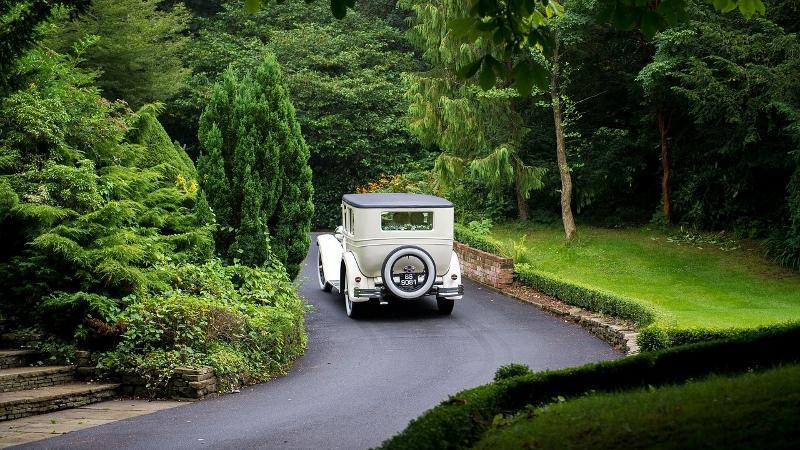 3 tipi di auto per 3 matrimoni diversi