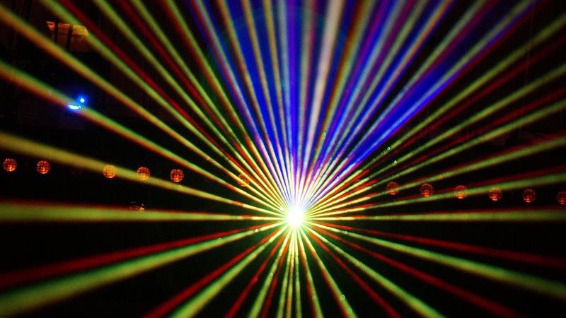"""Laser Show a fine matrimonio, un solo """"wow"""" potrebbe non bastare"""