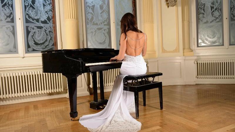 """""""A sirena"""", il più sensuale tra gli abiti da sposa, anche per il 2018"""