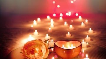 """Se amate le candele, non rinunciate al """"rito della luce"""""""